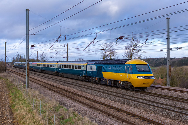 The LNER Farewell Hst tour 1Z43 Leeds to London King's Cross seen passing Creeton 43006 tnt 43112