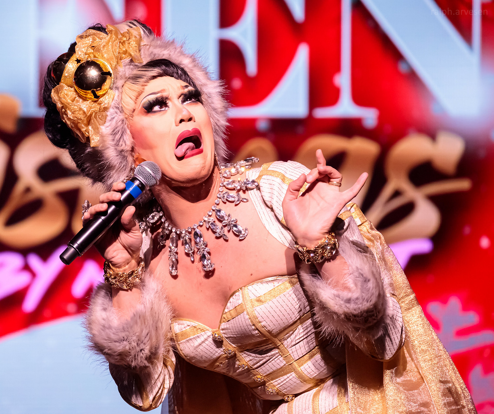 A Drag Queen Christmas | Texas Review | Ralph Arvesen