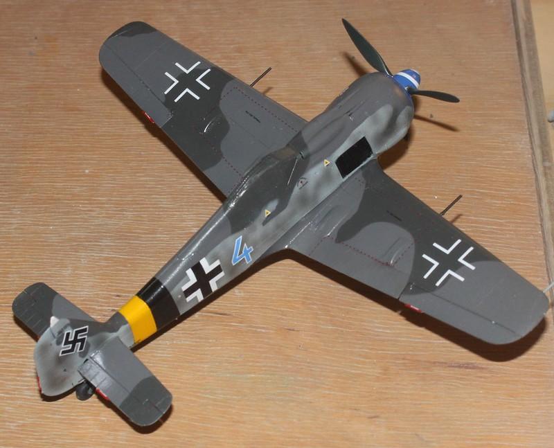 Focke-Wulf Fw. 190A-8, Eduard 1/48 (Kollobygge II) - Sida 3 49254875732_a1efd20bc7_c