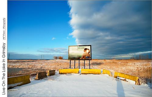 grimsby sign clouds goldenhour lakeontario opensource rawtherapee gimp nikon d800 afsdxnikkor1224mm140