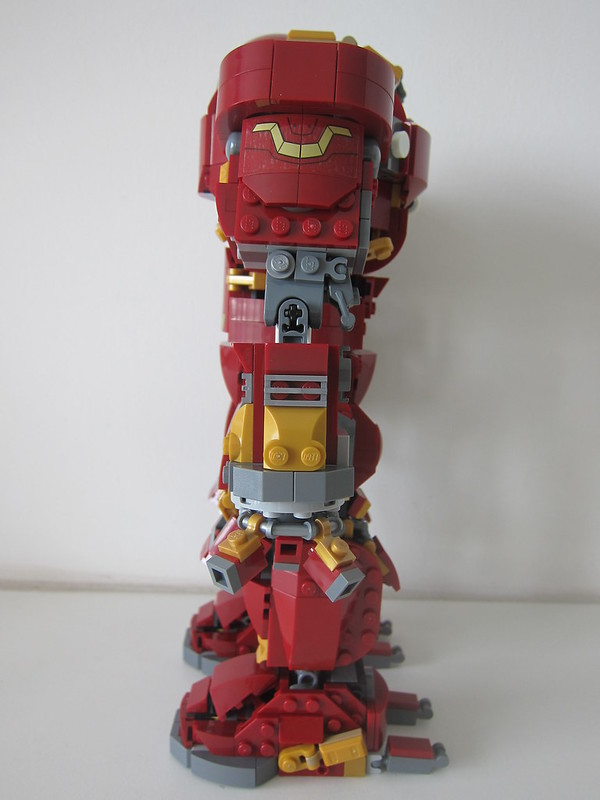 LEGO The Hulkbuster: Ultron Edition 76105 - Left