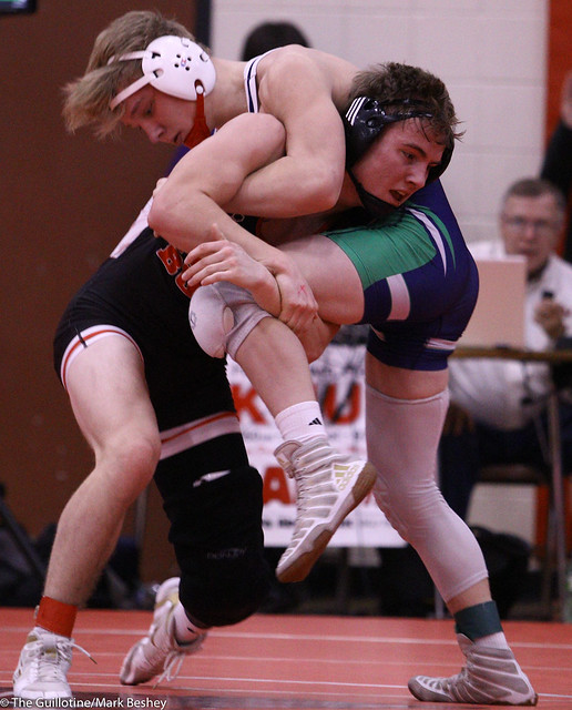 152 Semifinal - Payton Anderson (Fairmont-Martin County West) 9-0 won by decision over Jude Link (Dassel-Cokato/Litchfield) 15-1 (Dec 12-7) - 191221amk0032