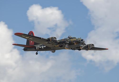 B-17G Texas Raiders in the Sun