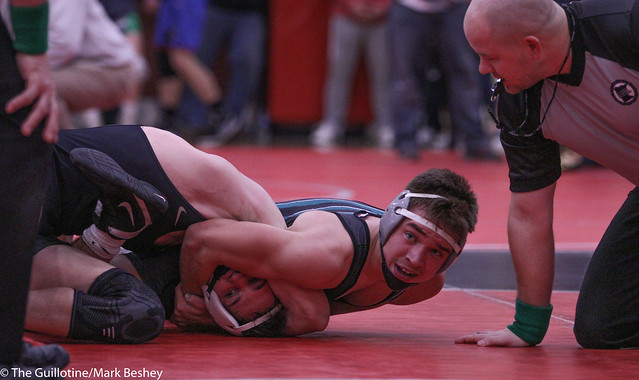 138 1st Place Match - Connor Simmonds (Fairmont-Martin County West) 8-0 won by decision over Brett Willaby (Windom-Mountain Lake) 6-1 (Dec 8-2) - 191221bmk0094