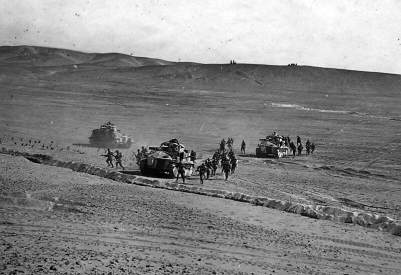 Medium-Tank-MkII-palestine-mid-late-1930s-yplj-2