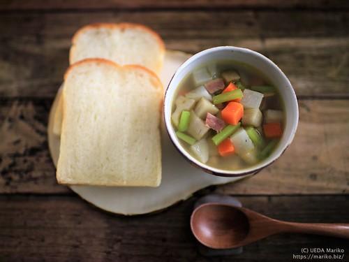 高加水湯種食パン 根菜スープ 20191212-IMG_7014 (2)