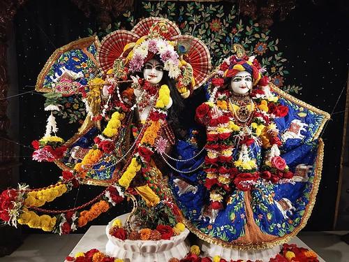 ISKCON Rajkot Deity Darshan 22 Dec 2019