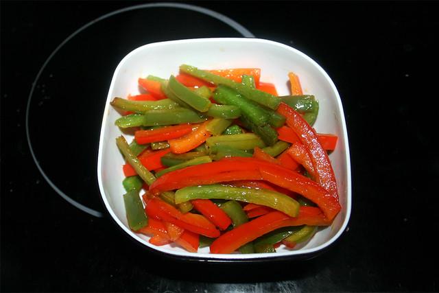20 - Paprika beiseite stellen / Put bell pepper aside