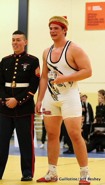285 1st Place Match - Gavin Layton (Coon Rapids) 17-0 won by major decision over Bennett Weber (Waconia) 9-1 (MD 15-5). 191221BJF0540