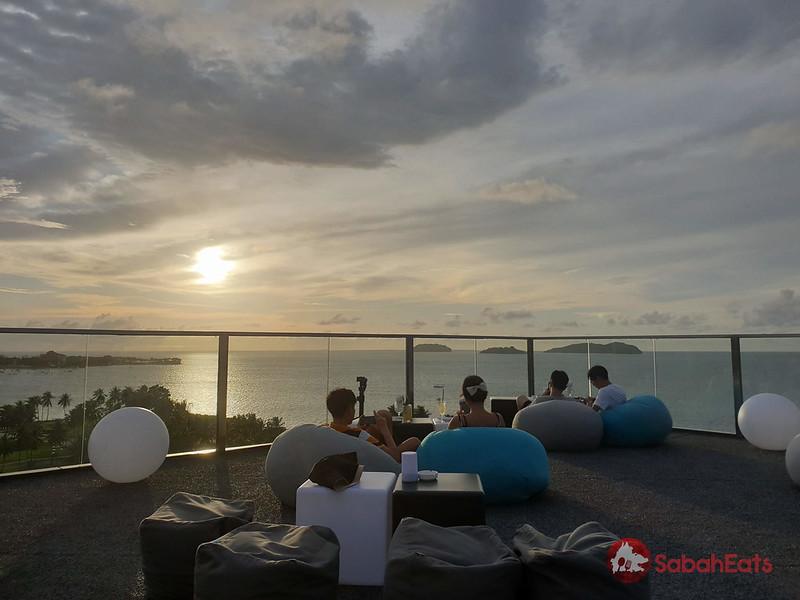 Horizon skybar