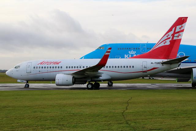 Georgian Airways Boeing 737-700 4L-TGN