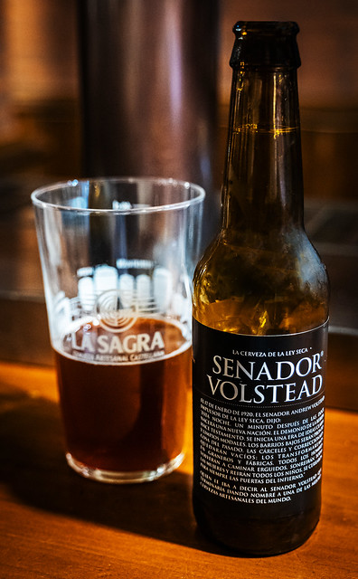 Bottle of Spanish Crat Beer ( Senador Volstead a 6% American Red) Beer & Travels Bar - Valencia (Panasonic Lumix  DC-S1 & Lumix S 24-105mm F4 Zoom) (1 of 1)