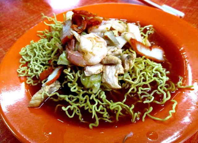 Open Air Kuching fried tomato crispy mee