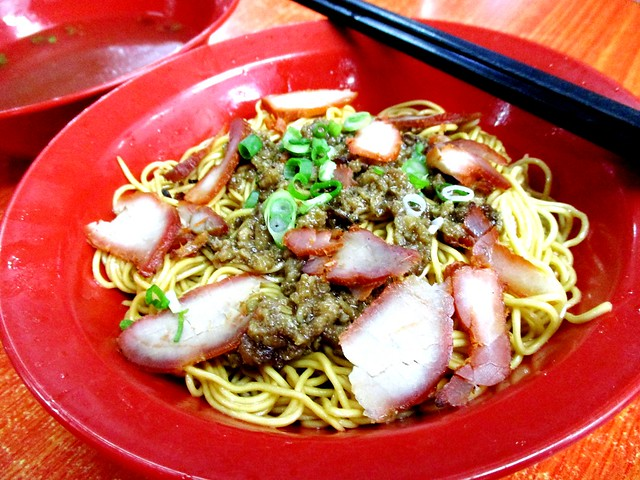 Open Air Kuching red kolo mee