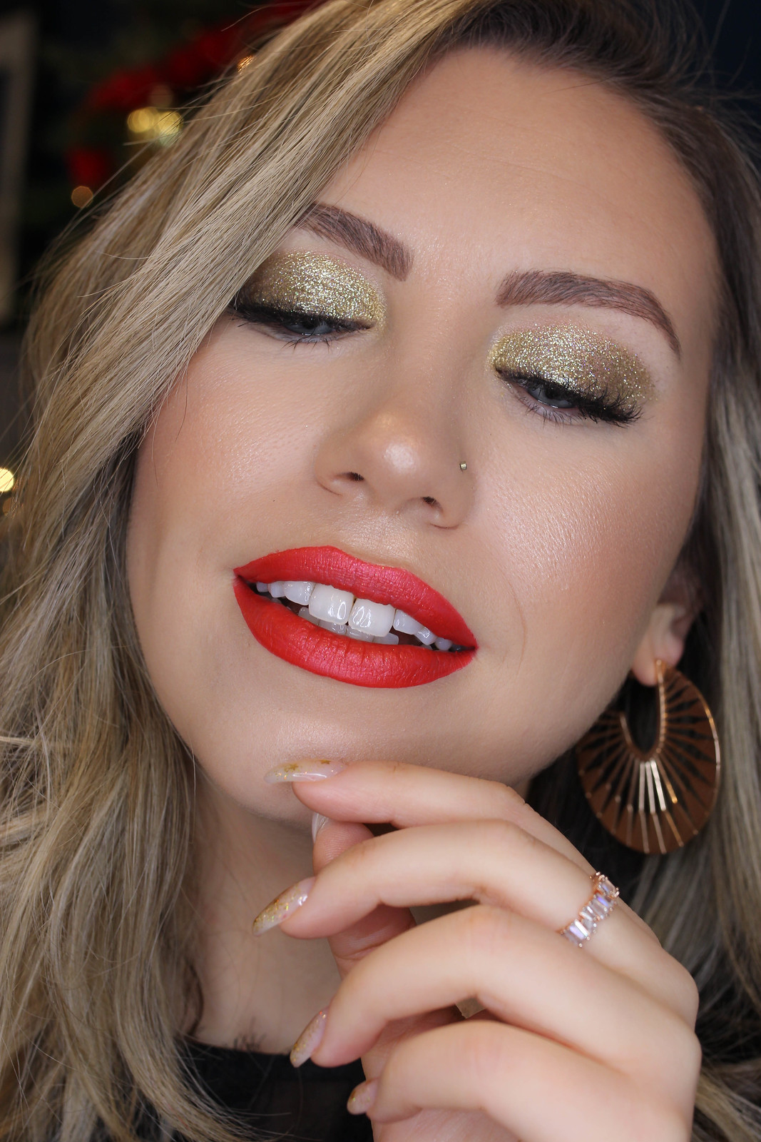 Gold Glitter Eye Makeup Tutorial Holiday Party Inspiration