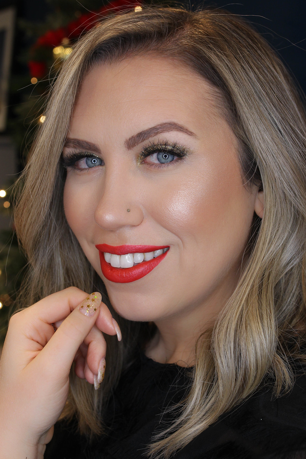 How to Wear Glitter Eyeshadow this Holiday Season