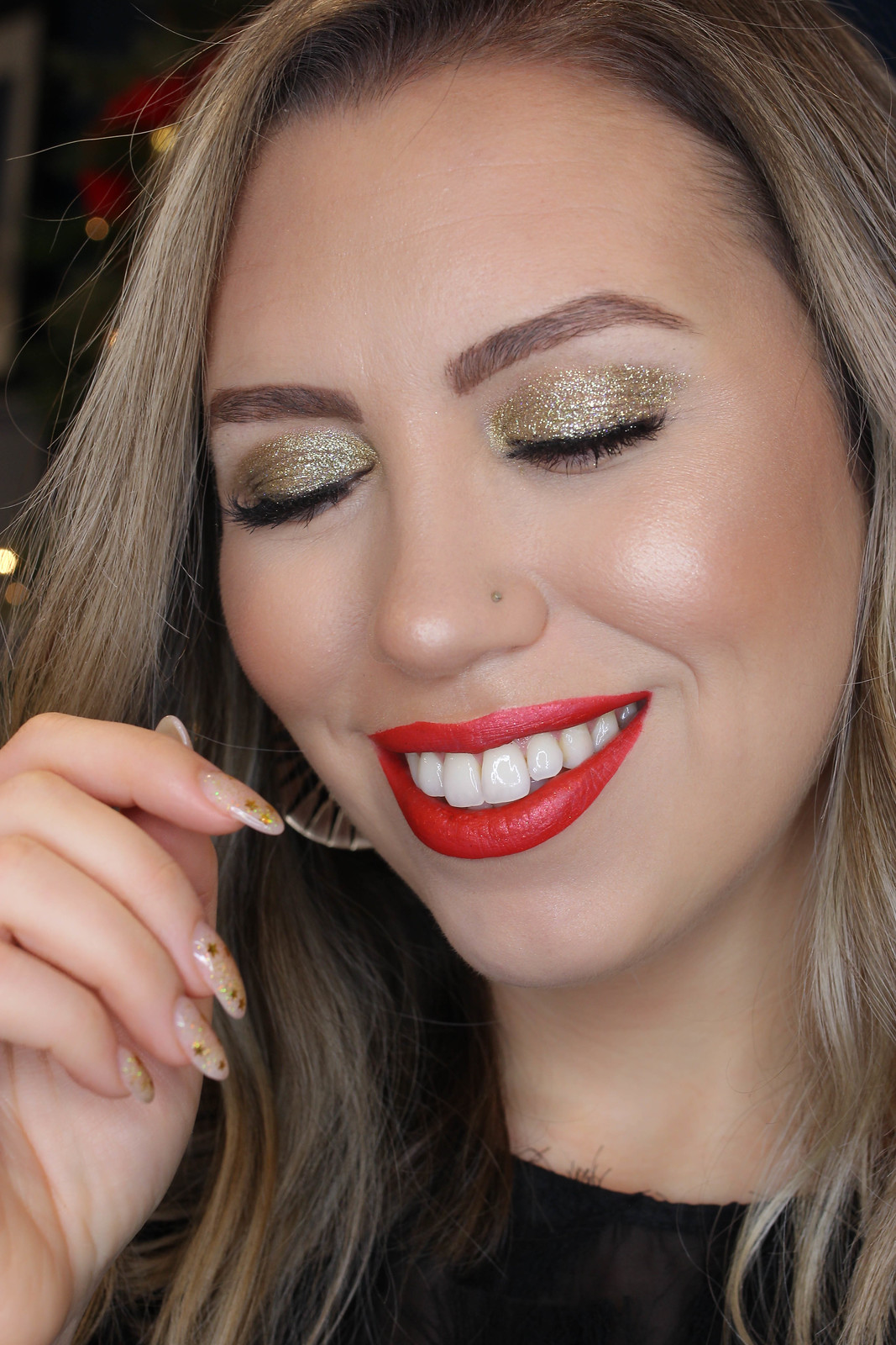 DOUBLE CUT CREASE + GOLD GLITTER IN CREASE Makeup Tutorial