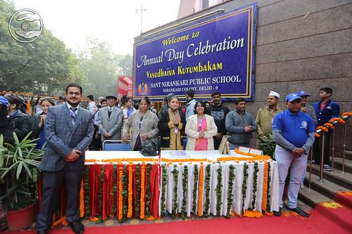 Sant Nirankari Public School's Staff