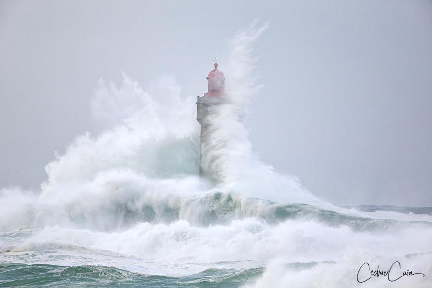 Ouessant, phare de la Jument, tempête Fabien, 23/12/19.