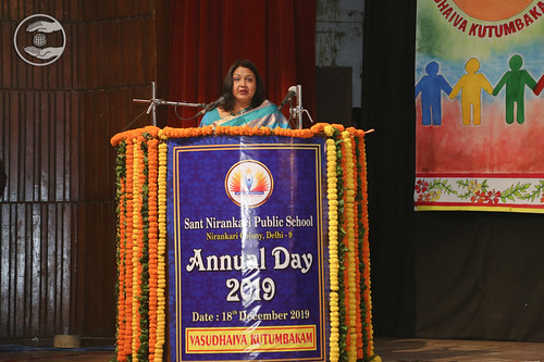 Vote of Thanks by the Principal of the school