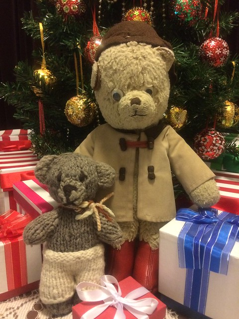 Paddington and Scout Send Christmas Wishes to You!