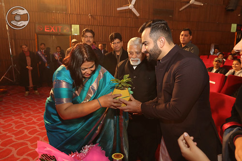 Rev Ramit Ji being welcomed by the Principal