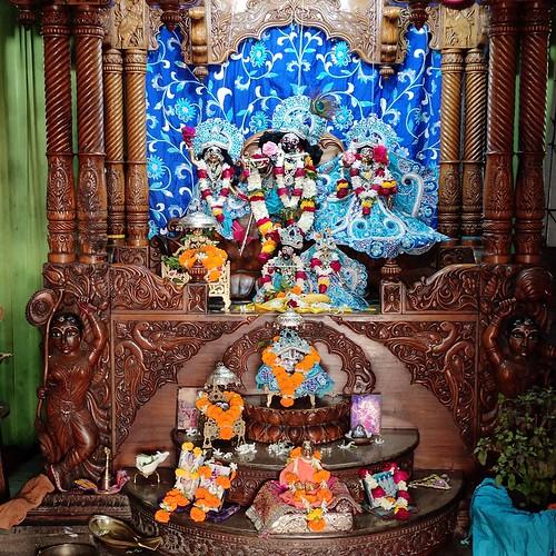ISKCON Bhubaneswar Deity Darshan 14 Dec 2019