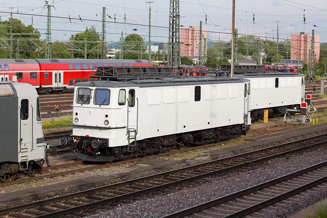 EDL 142 042  Basel Bad