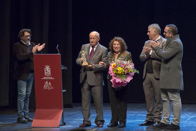 Reconocimiento a José M Segovia en la clausura del III Otoño Flamenco
