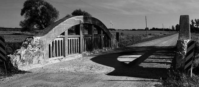 Keldon/Mud Creek bowstring road bridge, c1930,  Dufferin County, Ontario ..