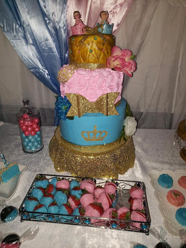 Cake by Candy Cakes