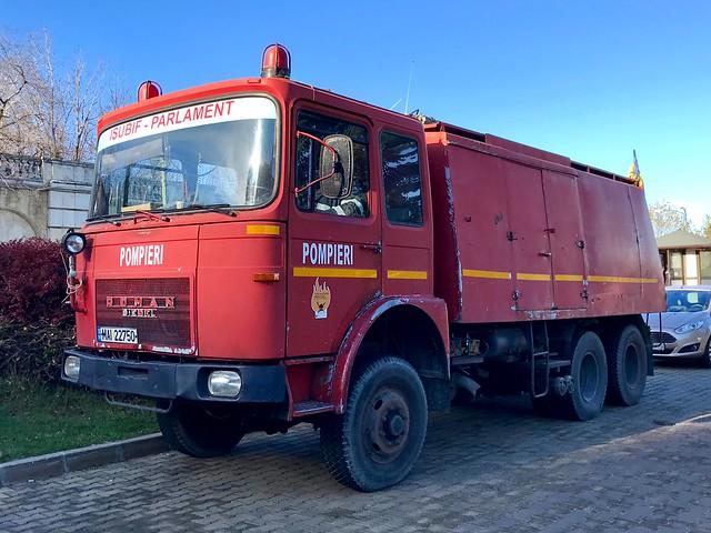 Pompieri Bucureşti.