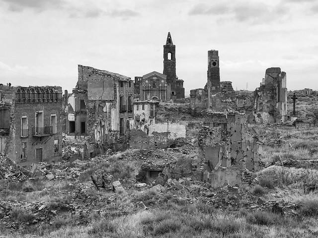 Las ruinas de Belchite Viejo, el pueblo devastado por la Guerra Civil española