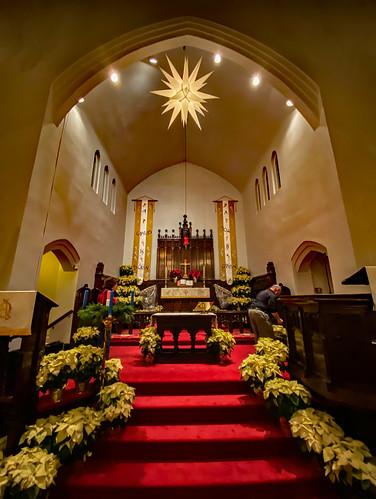 2019 virginia salem collegelutheranchurch church churches churchinteriors lutheran night winter christmas holiday iphone iphone11 architecture
