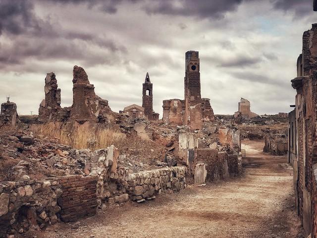Ruinas de Belchite Viejo, el pueblo que conserva las heridas de la Guerra Civil española