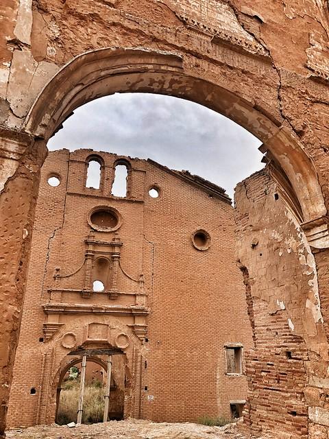Fachada del convento de San Rafael (Belchite Viejo)