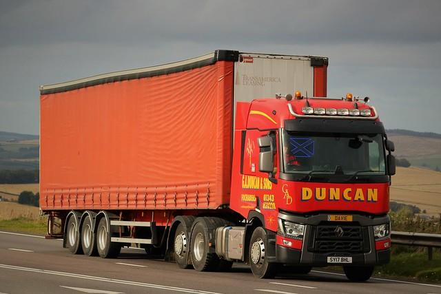 G A Duncan & Sons Renault Range T  SY17BHL