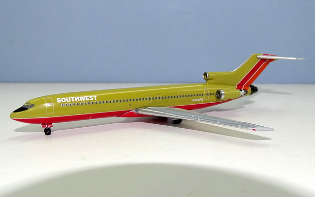 Southwest Airlines B 727-227 N564PE