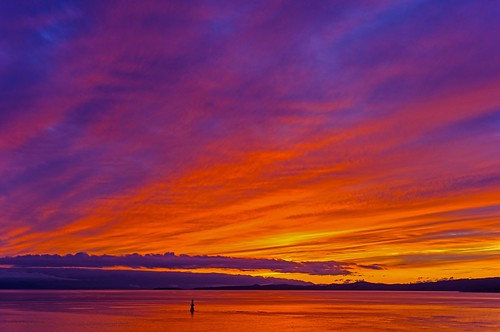 sunset sundown sun cloudy clouds cloud orange sky redsky skyscape hollandpoint dallasroad jamesbay victoria canada britishcolumbia