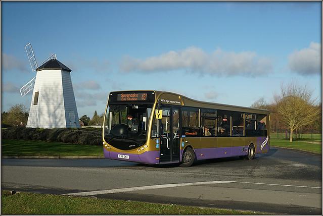 Go-Coach 6201 (YJ18 DKX)