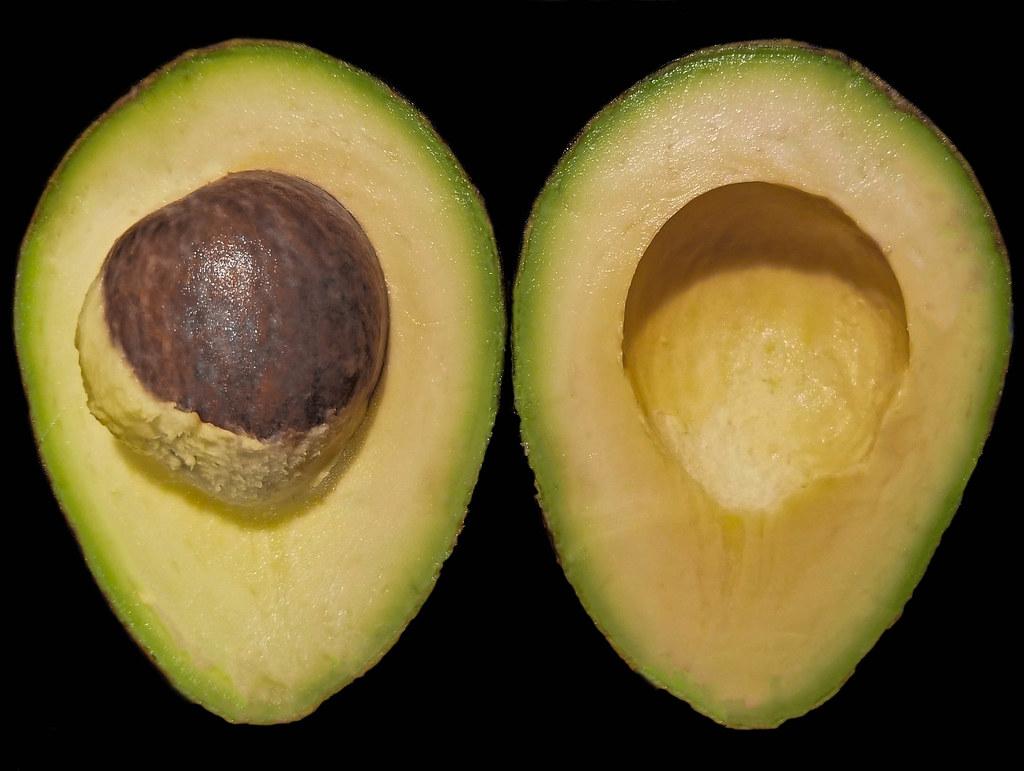 Hass avocado halves