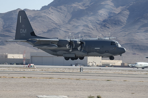 Lockheed C-130 Landing