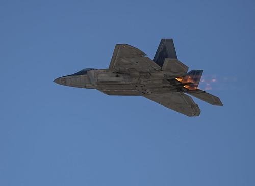 Lockheed Martin F-22 on Afterburner