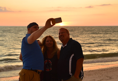 2019 may beach florida barefootbeach fl naples shootingtheshooter cellphone sunset