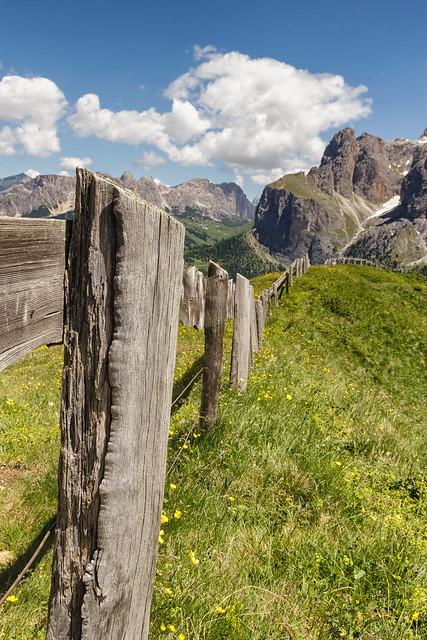 Lo steccato divisorio