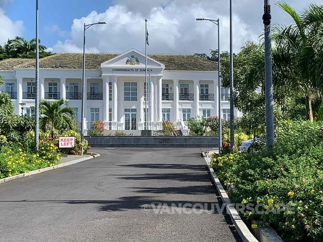 Dominica-2