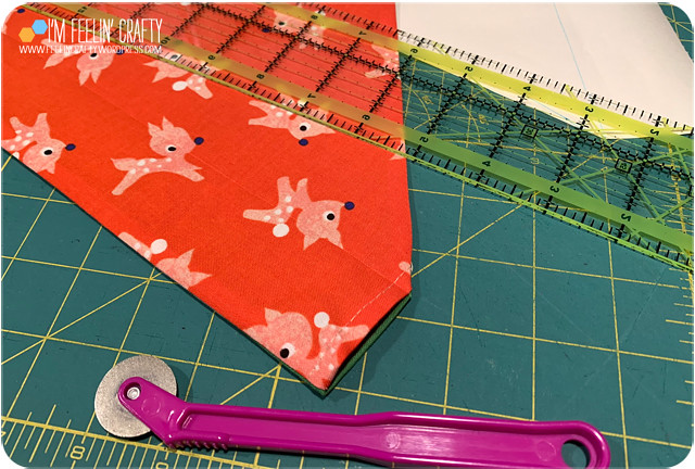 DogBandana-Tutorial-05TurnTopstitch-ImFeelinCrafty