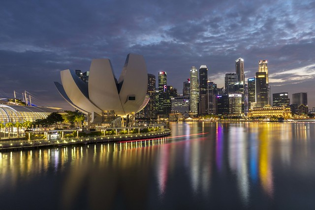 ArtScience Museum & Marina Bay Blue Hour