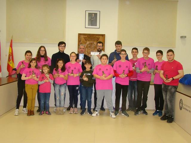 HOMENAJE AL CLUB DE AJEDREZ-QUINTANAR