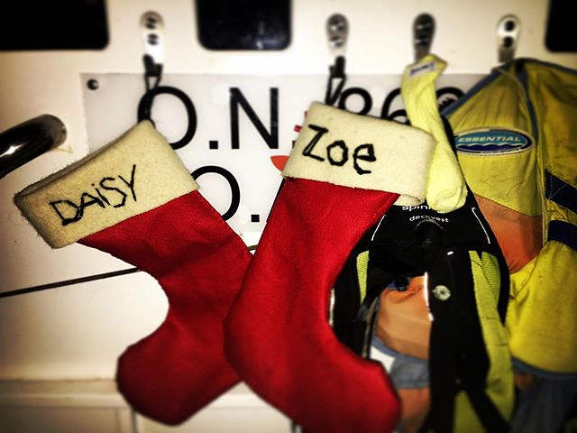 325/365 • Bit of a scramble to get things sorted - multiple trips to the shops! Finally, for the first time ever, the Smalls don't need to nick a random pair of my socks - I (hastily) handsewed them a stocking each - pretty sure Santa will be able to jam